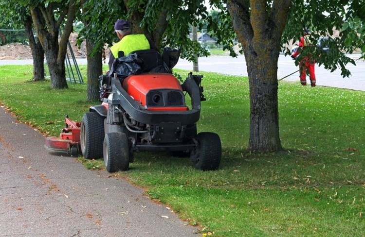 Karbon starts new approach to grounds maintenance